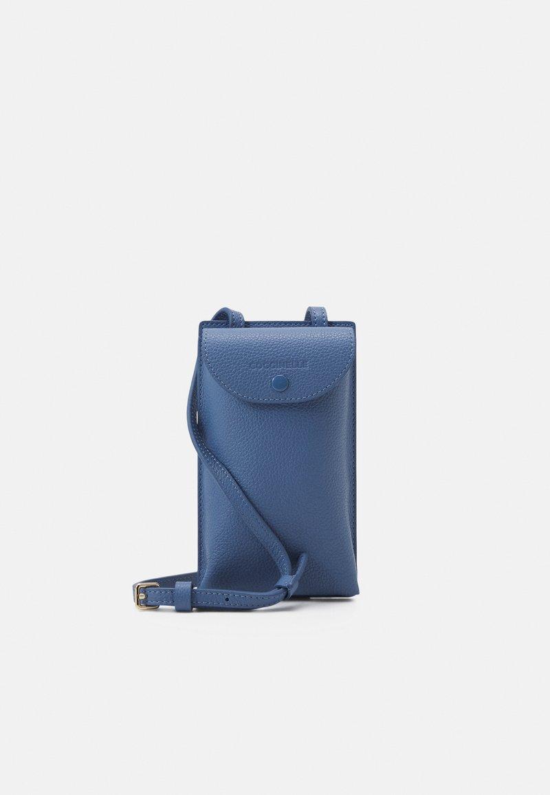 Coccinelle - PORTA TELEPHONO - Across body bag - pacific blue