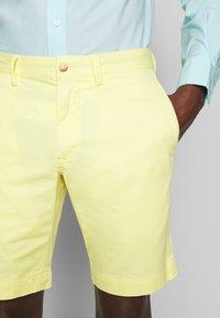 Polo Ralph Lauren - BEDFORD - Shorts - bristol yellow - 3