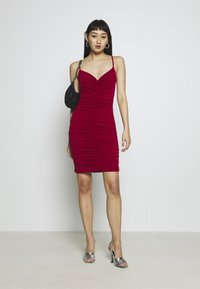 WAL G. - RUCHED STRAPPY DRESS - Cocktailkjole - red - 1