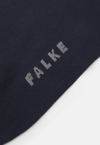 FALKE - TOUCH - Knæstrømper - dark navy - 1