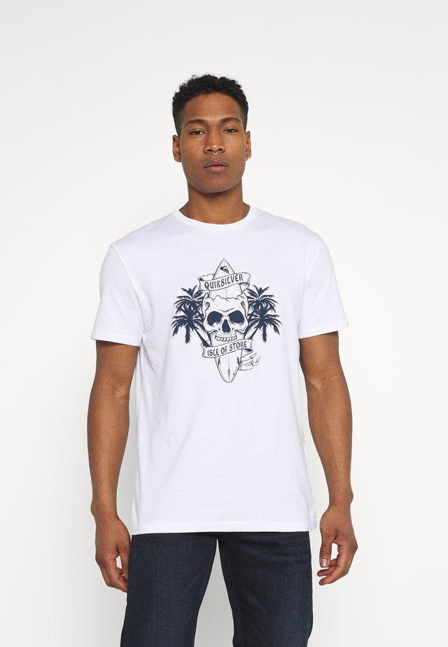 NIGHT SURFER - Print T-shirt - white