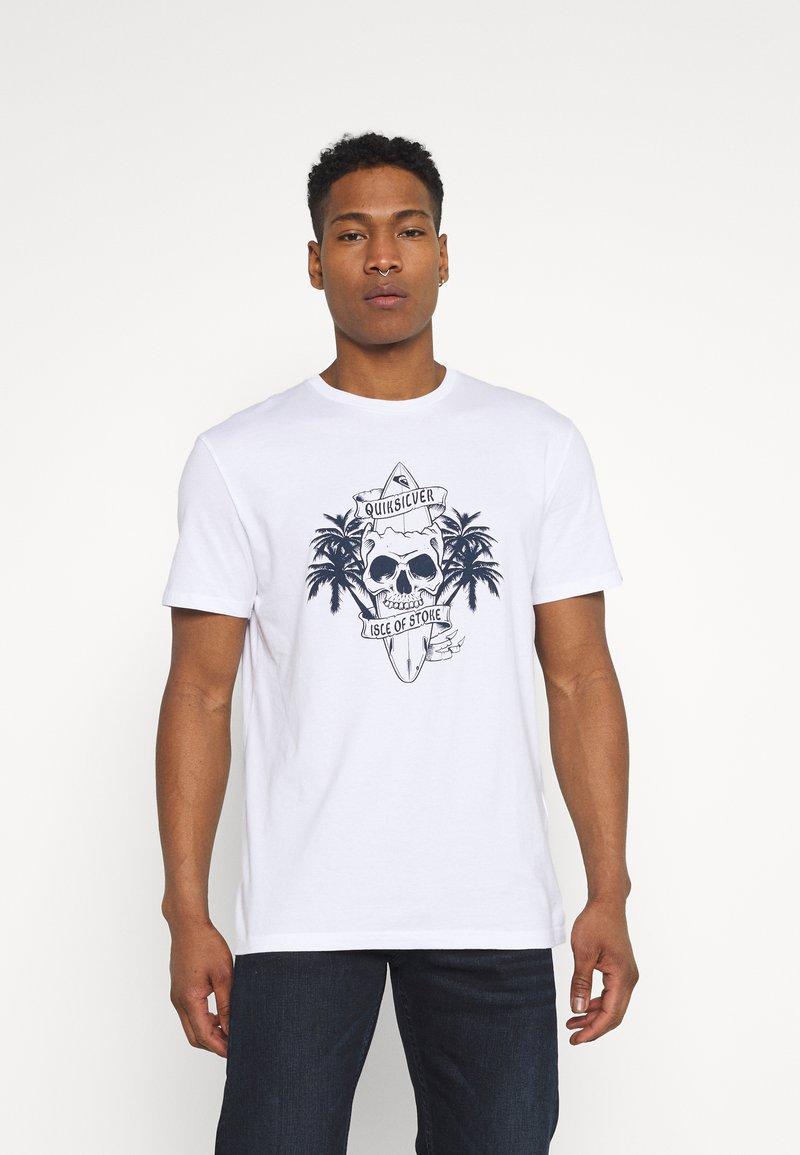 Quiksilver - NIGHT SURFER - Print T-shirt - white