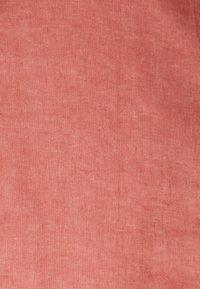 Forever New - CAROLINA SPLIT MINI SKIRT - Miniskjørt - terracotta rose - 2