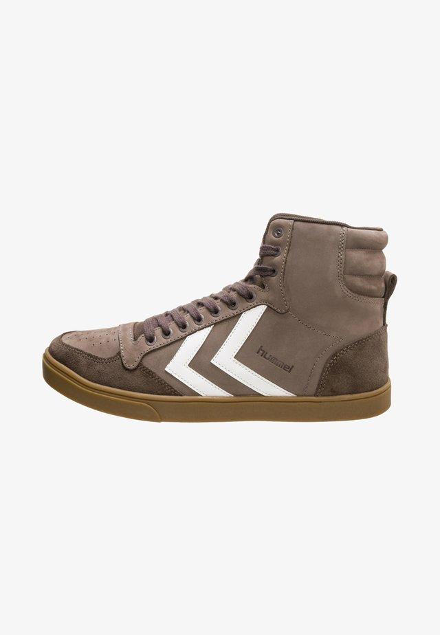 STADIL RUBBER HIGH - Sneakers hoog - brown