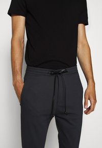 DRYKORN - JEGER - Suit trousers - blau - 0