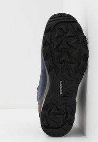 Lowa - SASSA GTX MID - Hiking shoes - navy/rosé - 4