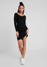 Noisy May - Denní šaty - black - 1