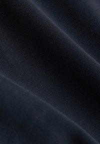 Esprit Sports - BIKER - Sports shorts - black - 6