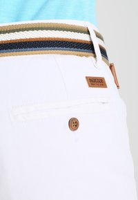 INDICODE JEANS - ROYCE - Shorts - offwhite - 3