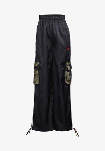 CARGO PANTS - Cargo trousers - black