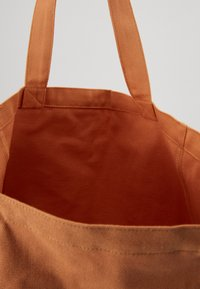 Mads Nørgaard - BOUTIQUE ATHENE - Tote bag - apricot/white - 3