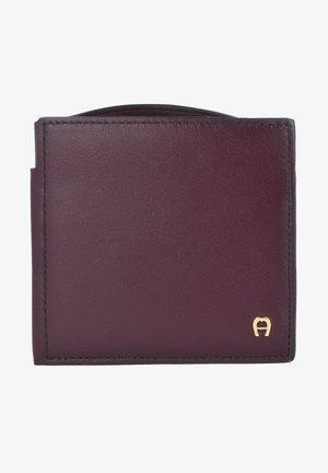 151723 - Wallet - antic new