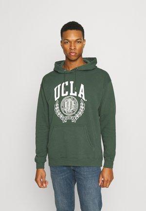 PREMIUM COLLAB UNISEX - Hoodie - lcn ucla pineneedle green/ucla crest