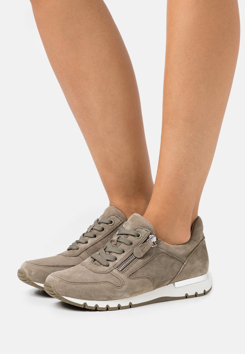 Caprice - WOMS LACE-UP - Sneakers laag - cactus