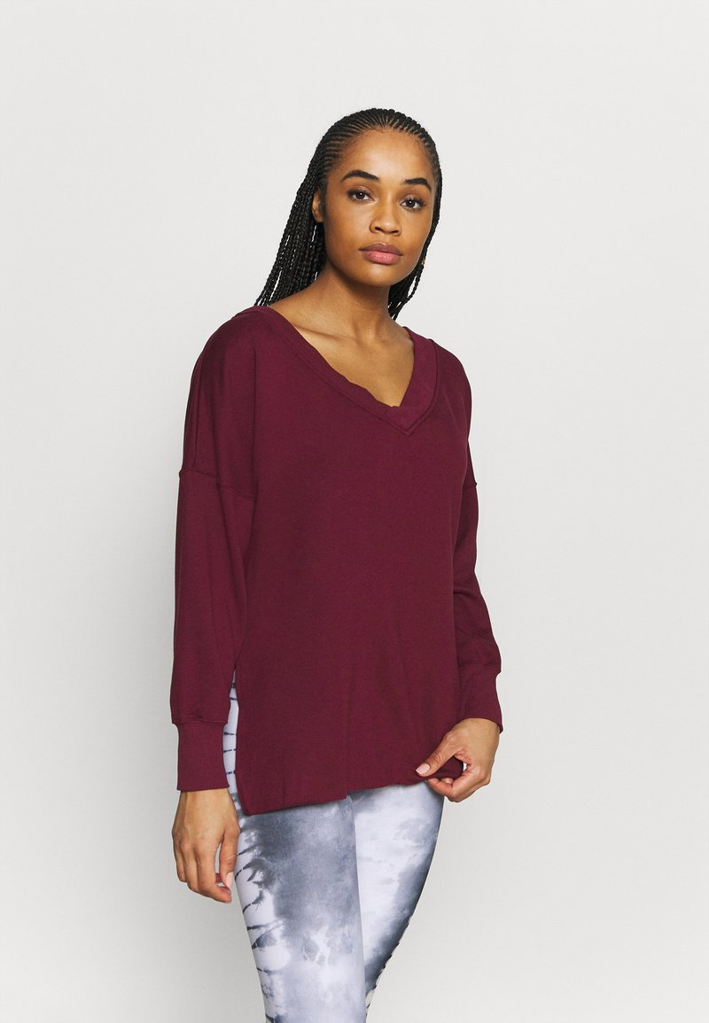 Nike Performance - YOGA COVER UP - Sweatshirt - night maroon/dark beetroot