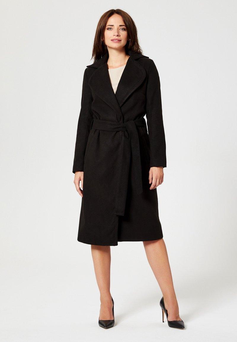 usha - Classic coat - black