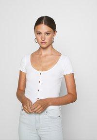 Even&Odd - Print T-shirt - white - 0