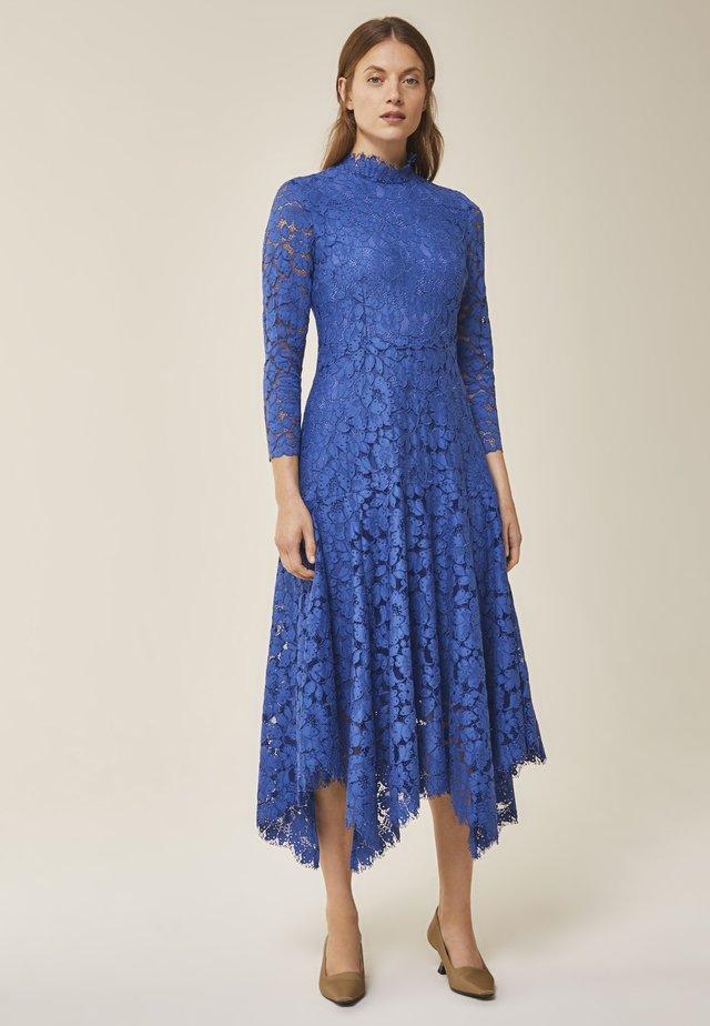 Robe de cocktail - blue bell
