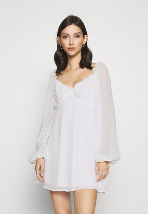 MILKMAID SKATER DRESS DOBBY - Korte jurk - white