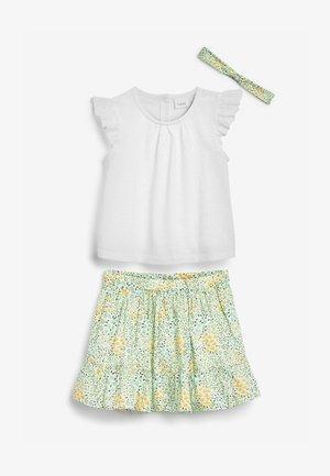 SET  - A-line skirt - green