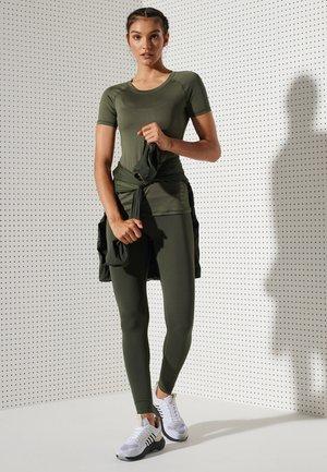 TRAINING ESSENTIAL - T-paita - army khaki