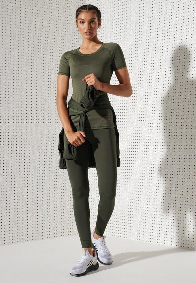 TRAINING ESSENTIAL - Basic T-shirt - army khaki