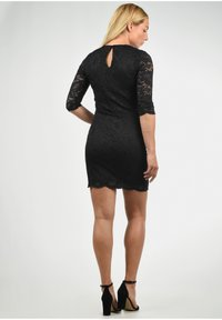 Vero Moda - EWELINA - Shift dress - black - 2