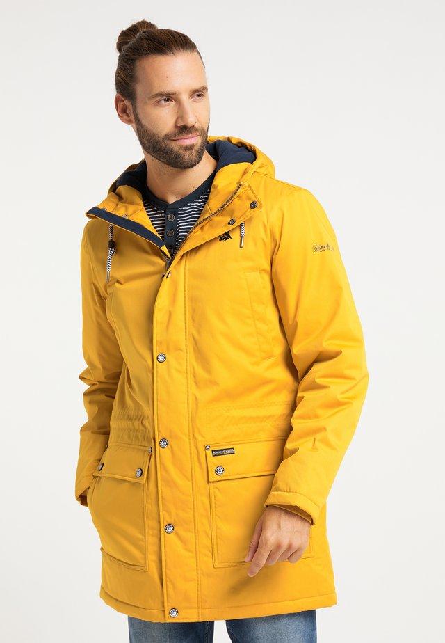 Zimní kabát - curry