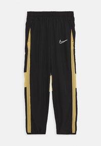 black/jersey gold/white