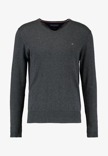 V-NECK  - Stickad tröja - charcoal heather