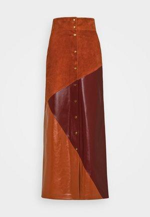 MIXED SKIRT - Maxi skirt - spice