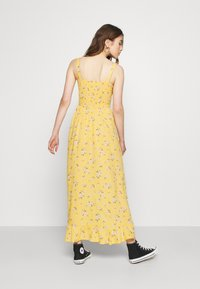 Hollister Co. - HI-LOW SMOCKED MIDI DRESS - Maxi dress - yellow