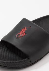 Polo Ralph Lauren - CAYSON - Pantofle - black/red