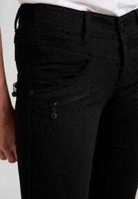 Freeman T. Porter - COREENA - Jeans slim fit - stay dark - 4