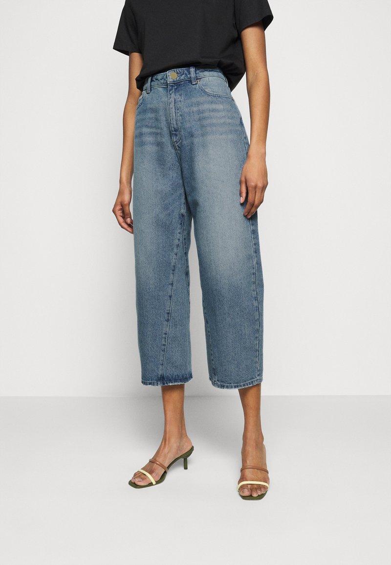 MICHAEL Michael Kors - PEGGD LEG - Straight leg jeans - blue denim