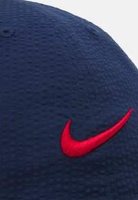 Nike SB - FLATBILL UNISEX - Cap - midnight navy/university red - 3