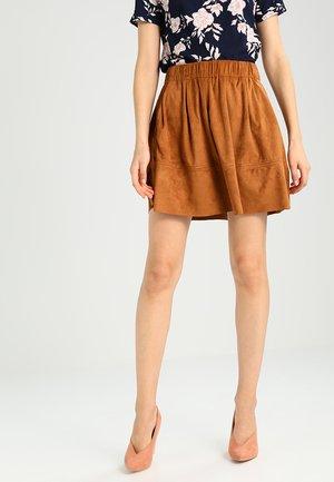 KIA - A-line skirt - cognac