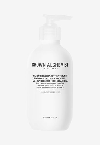 SMOOTHING HAIR TREATMENT HYDROLISED MILK PROTEIN, CATIONIC GUAR, PRO VITAMIN A - Hair treatment - -