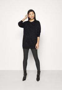 Liu Jo Jeans - FELPA CHIUSA - Vestido informal - nero - 1