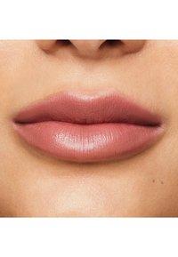 bareMinerals - MINERALIST HYDRA-SMOOTHING LIPSTICK - Lippenstift - insight - 2