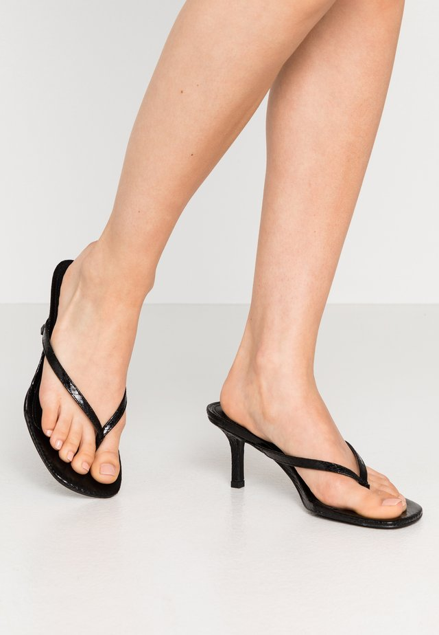 MELROSE - Sandalias de dedo - black