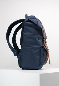 Herschel - LITTLE AMERICA  - Zaino - dark blue - 3