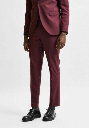 SLIM FIT - Kostymbyxor - red dahlia