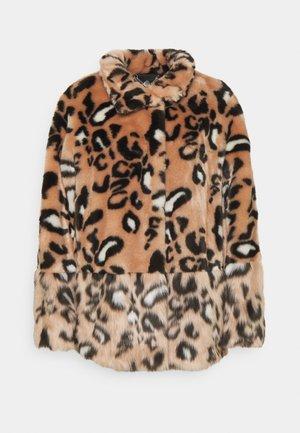 Winter jacket - sandy beige