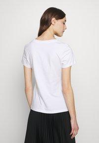Calvin Klein Jeans - SLIM 2 PACK - Triko spotiskem - bright white - 2