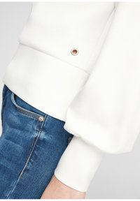 Q/S designed by - Sweatshirt - soft white - 5