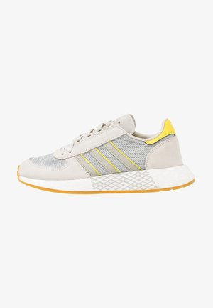MARATHON TECH  - Trainers - raw white/sesame/bright yellow