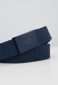Levi's® - TONAL WEB BELT UNISEX - Belt - navy blue - 2