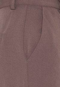 NA-KD - MATIAMU BY SOFIA SUIT PANTS - Trousers - purple - 2