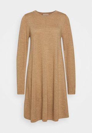 DRESS - Jumper dress - camel